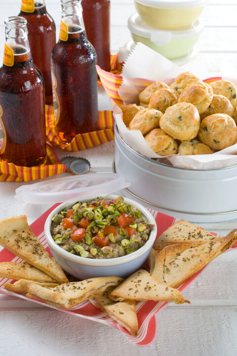 Green Olive Chili Beer Dip